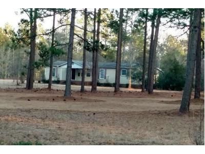 3 Bed 2 Bath Foreclosure Property in Aberdeen, NC 28315 - Us Highway 15 501 # 15501
