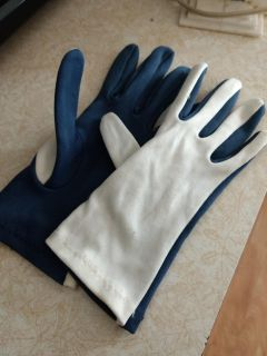 Blue and white small womens gloves