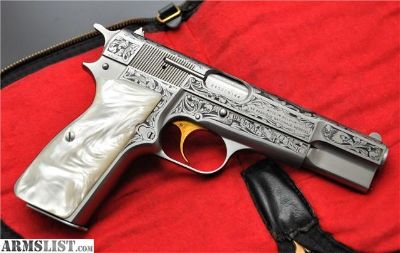 For Sale: SCARCE BROWNING CLASSIC HI POWER 9MM W/POUCH