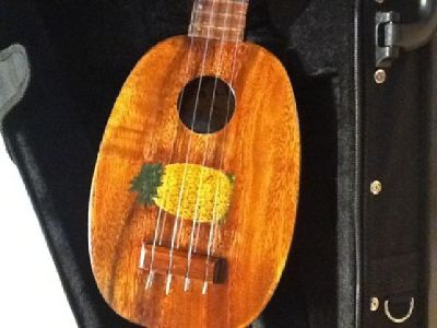 $3,200 OBO 1916- 1929 Genuine Hand-made Kamaka Soprano Pineapple Ukulele