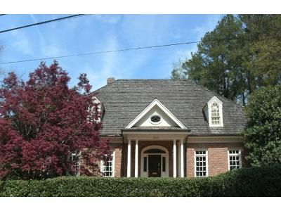 4 Bath Preforeclosure Property in Raleigh, NC 27609 - White Oak Rd