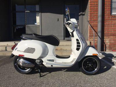 2018 Vespa GTS Super 300 250 - 500cc Scooters Marina Del Rey, CA