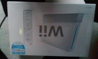 $250, Nintendo Wii White Console w 4 Games
