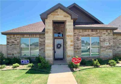 1809 Sina Avenue Abilene, New Four BR Three BA home located