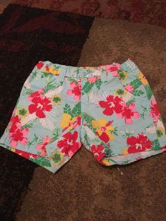 Faded glory 6 turq flower print shorts - ppu (near old chemstrand & 29) or PU @ the Marcus Pointe Thrift Store (on W st)