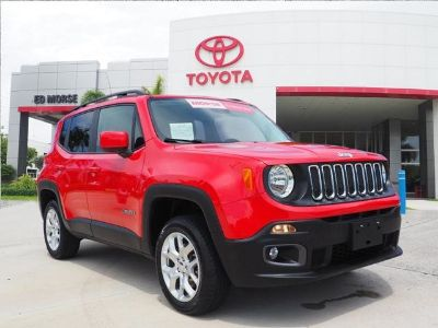 2017 Jeep Renegade Latitude (Red)