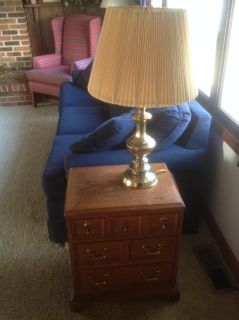 End table/Pr. Of lamps