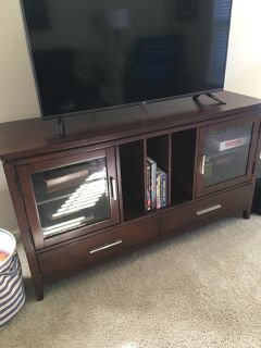Haverty s Tv Console