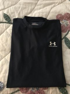 Under armour youth xl short sleeve fitted