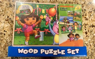NEW 4 WOODEN PUZZLE SET together in a WOODEN BOX by Nickelodeon. Perfect gift!