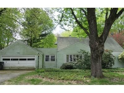 3 Bed 1 Bath Foreclosure Property in Bethel, CT 06801 - Fairchild Dr