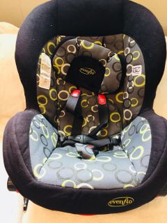 EvenFlo Baby Car Seat - Great condition