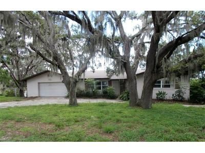 4 Bed 3 Bath Foreclosure Property in Lake Wales, FL 33898 - Golden Bough Rd