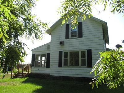 3 Bed 1 Bath Foreclosure Property in Riverdale, MI 48877 - NW Williams Rd