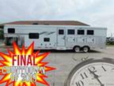 4 Horse 10 Living Quarters TrailerSMC