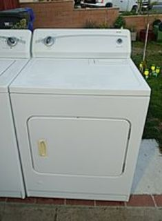 Kenmore king size capacity Washer and gas dryer set