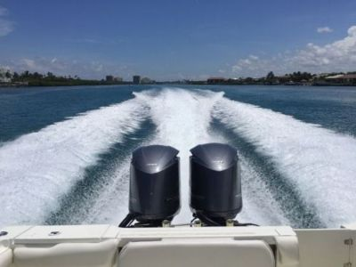 "Buy TWIN PAIR of 2010 YAMAHA Outboards F350XCA V8 350+HP 25"" SHAFTS DEALER TRADE motorcycle in Jupiter, Florida, United States"