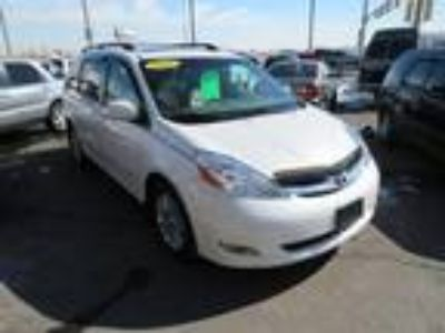 Used 2009 TOYOTA SIENNA For Sale