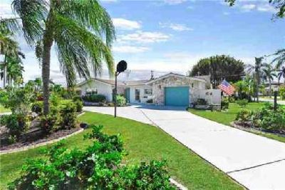 702 Coral DR Cape Coral Three BR, Fantastic REMODELED pool home