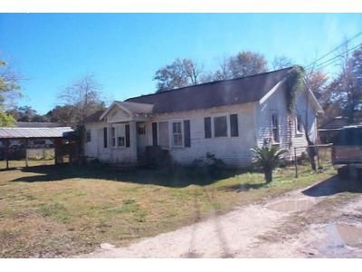 2 Bed 1 Bath Foreclosure Property in Sulphur, LA 70663 - W Lyons St