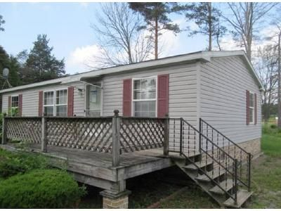 3 Bed 2 Bath Foreclosure Property in Hollsopple, PA 15935 - Ott Rd