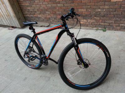 2014 Specialized Hardrock Sport Disc 29er Mountain Bike