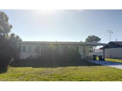 3 Bed 2 Bath Foreclosure Property in Englewood, FL 34224 - Faust Dr