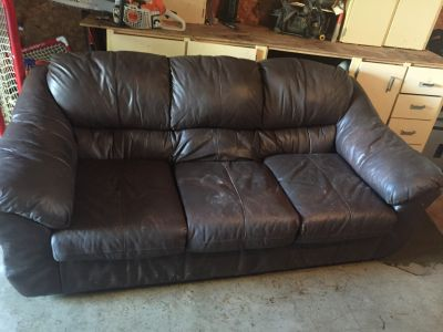 Leather couch for sale.pick up in mildmay.fcfs