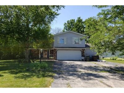 3 Bed 2.5 Bath Foreclosure Property in Racine, WI 53402 - Ellis Ave