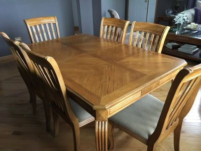 7- Piece Dining Room Table Set w/ Leaf