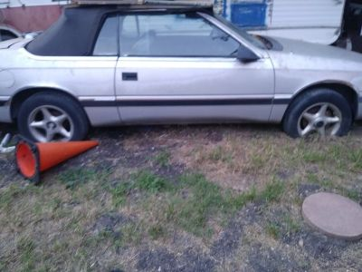 Chrysler Lebaron 1987 selling parts only