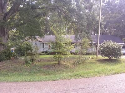 Preforeclosure Property in Jackson, MS 39212 - N Southland Dr