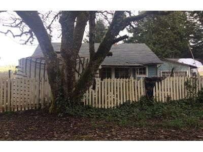 2 Bed 1.5 Bath Preforeclosure Property in Azalea, OR 97410 - Woodpath Ln