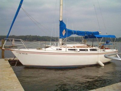 1986 Catalina Sail Boat 30 foot tall rig