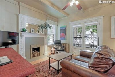 $2050 1 townhouse in Denver South