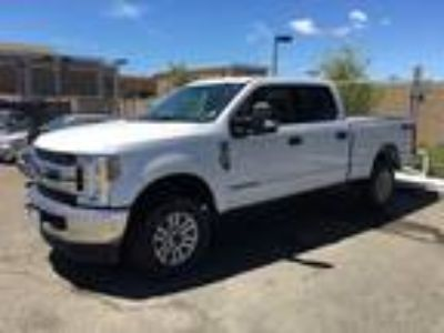 Used 2018 Ford Super Duty F-250 SRW Oxford White, 13K miles