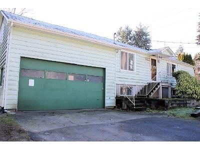 3 Bed 1 Bath Foreclosure Property in Seattle, WA 98148 - 4th Ave S