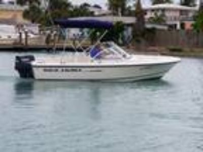 2004 Sea Hunt Escape 175 Bowrider
