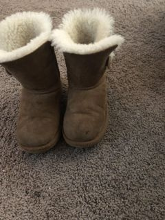 Uggs kids size 12