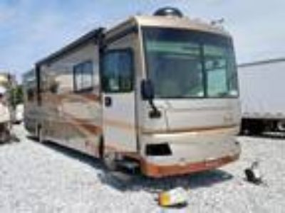 Salvage 2006 FLEETWOOD BOUNDER for Sale