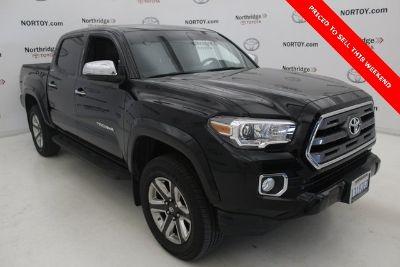 2017 Toyota Tacoma Limited (black)
