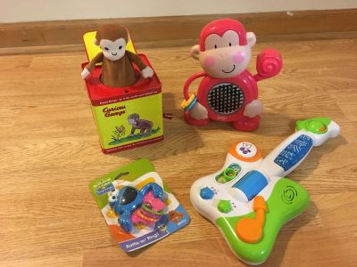 Kid/baby toys and electric Minnie Mouse car