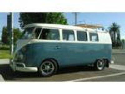 1967 Volkswagen Bus Vanagon Split Window Type 2-11 Window