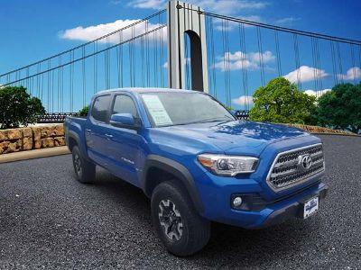 2016 Toyota Tacoma SR5 (Blazing Blue Pearl)