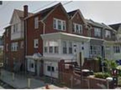 TRIPLEX - High yield investment property located near Cobbs Creek Park just west