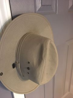 Never used J HATS men s size large