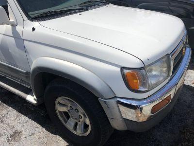 1998 Toyota 4Runner Limited (White)