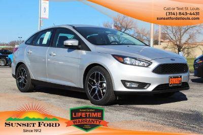 2018 Ford Focus SEL (Ingot Silver Metallic)