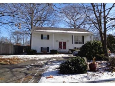 2 Bed 1 Bath Foreclosure Property in Warwick, RI 02889 - Custer St