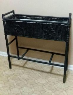 WICKER PLANT STAND....PICK UP IN CENTER POINT